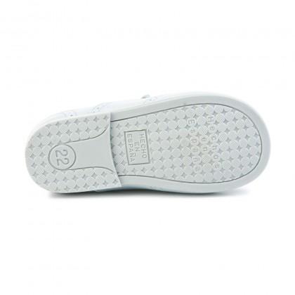 Zapatos Inglesitos Colegiales Infantil Niño Niña Piel Cordones 505 Celeste, de Angelitos