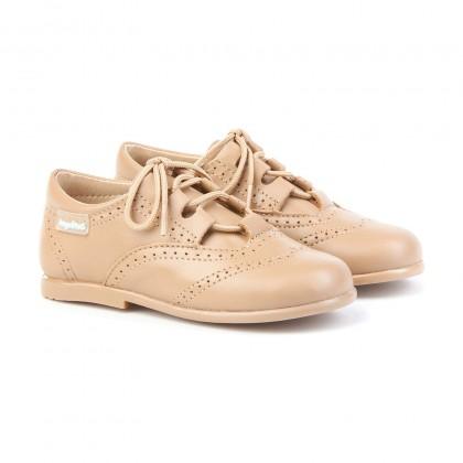 Zapatos Inglesitos Colegiales Infantil Niño Niña Piel Cordones 505 Camel, de Angelitos
