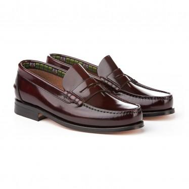 Zapatos Castellanos Colegiales Niño Piel Suela De Cuero 595 Burdeos, de Angelitos