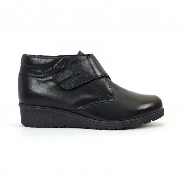 Woman Leather Low Wedged Comfort Booties Velcro Removable Insole 70244 Black, by TuPié