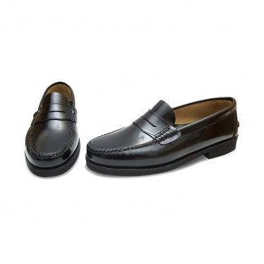 Man Leather Beefroll Penny Loafers Rubber Sole 350AL Black, by Marttely Classic