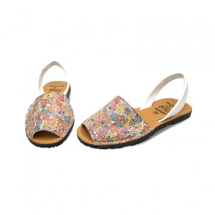 Woman Leather Menorcan Sandals Flowers 310AV White, by C. Ortuño