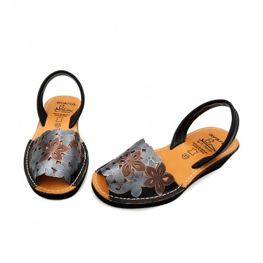Woman Engraved Leather Wedged Menorcan Sandals 1287 Black, by C. Ortuño