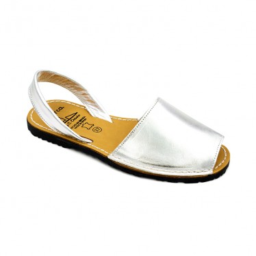 Woman Metallic Leather Menorcan Sandals 190AV Silver, by C. Ortuño