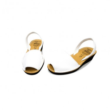 Woman Wedged Leather Basic Menorcan Sandals 211ME White, by C. Ortuño