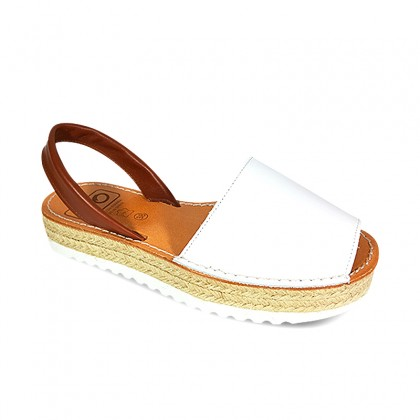 Woman Leather Menorcan Sandals Esparto Sole 8201L White, by C. Ortuño