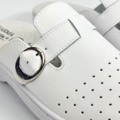 Zuecos Sanitarios Mujer Piel Perforada Destalonados Hebilla 795 Blanco, de Percla