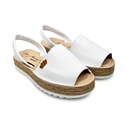 Woman Leather Menorcan Sandals Platform Cushioned Insole 1252 White, by Eva Mañas