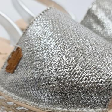 Avarcas Menorquinas Mujer Piel Y Saco Metalizado Plataforma Plantilla Acolchada 1254 Plata, de Eva Mañas