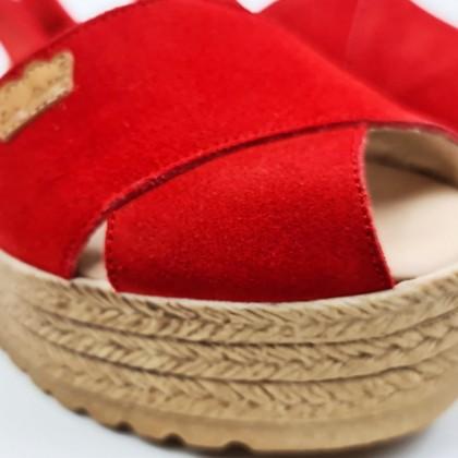 Avarcas Menorquinas Cruzadas Mujer Piel Ante Plataforma Plantilla Acolchada 1257 Rojo, de Eva Mañas