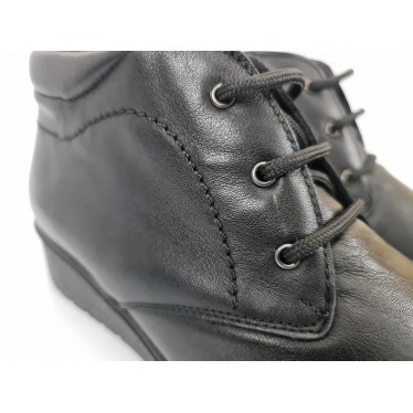 Womens Leather Comfort Wedged Booties Laces Removable Insole 70241 Black by Tupié