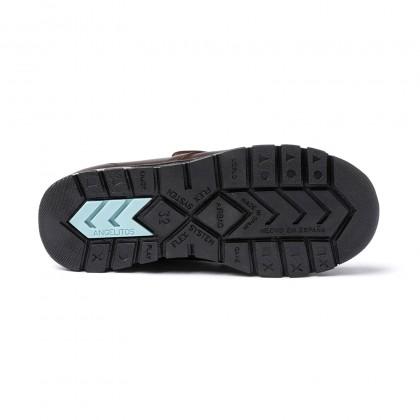 Zapatos Colegiales Niño Piel Puntera Reforzada Velcro 453 Chocolate, de Angelitos